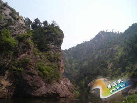 龙潭大峡谷景区