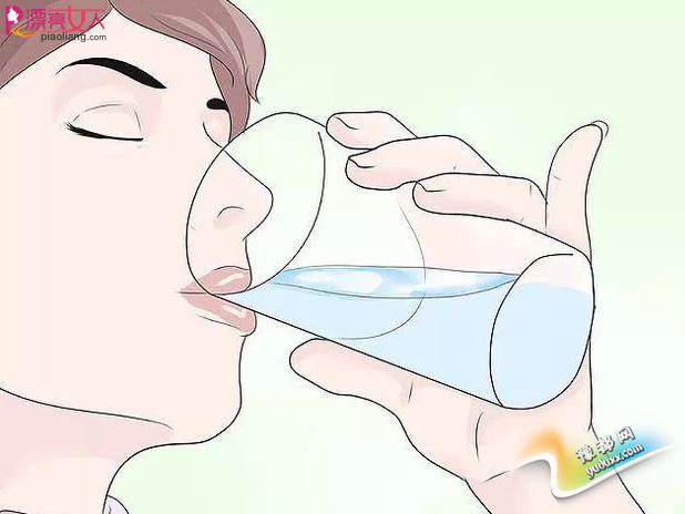 护唇Action 10个tips教你冬天嘴唇无干裂