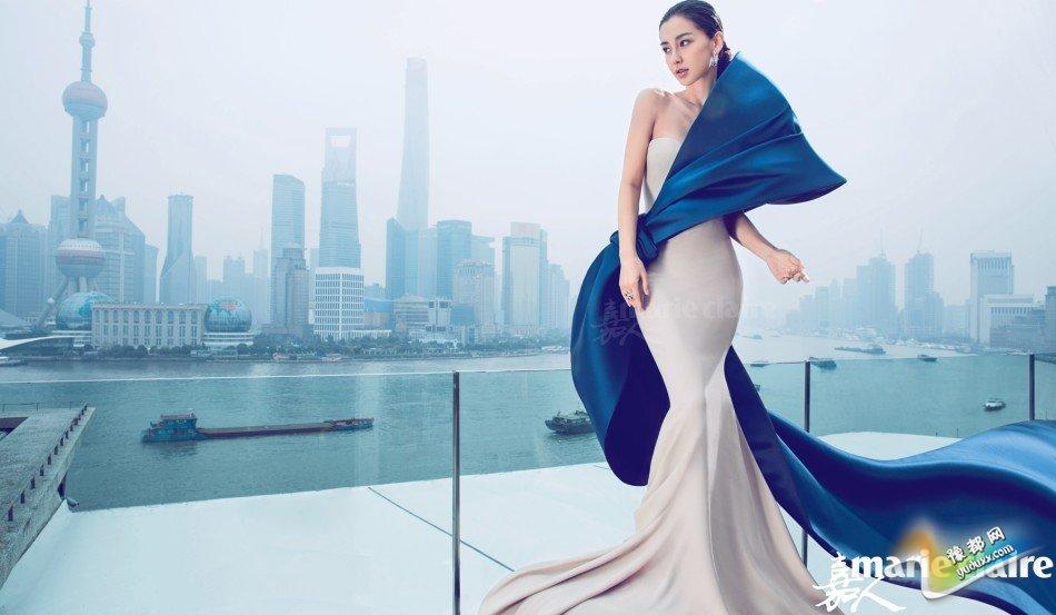 近日,angelababy一组全新时尚大片曝光,造型性感妩媚,举手投足间尽显万种风情。