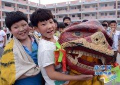 河南省沁阳:学生社团满校园