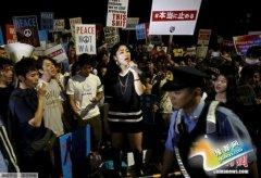 日本执政党拟牺牲支持率 强推安保法在参院过关