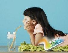 酸奶能解辣牛奶长肌肉 10种家常饮料的神奇功效