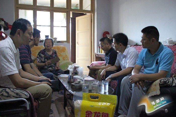 慰问老党员7月1日下昼召开漫讲会畅讲社区进展威海