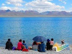 西藏圣湖纳木错进入最美观景季