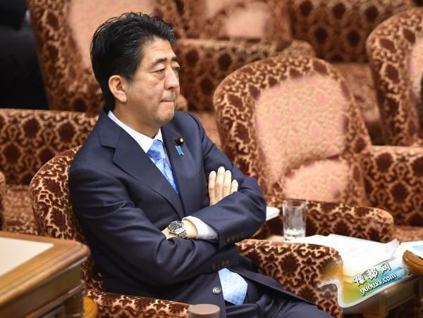 """日本首相安倍晋三的顾问们在6日发布的一份报告中一致称,日本发动的""""鲁莽战争""""在亚洲造成了巨大伤害,但在是否能用""""侵略""""一词描述日本当时的行为上产生了分歧。 CFP 图"""