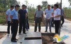 舞阳县考察团到我县考察村级公益性林业生态骨灰公墓建设工作(图)