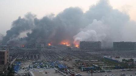 天津滨海大爆炸已50人死亡 12小时全记录