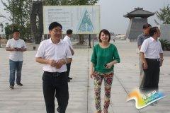 江苏省河南商会副会长张利平一行到我县考察投资环境