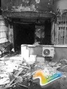 居民厨房天然气管道爆炸 震碎150多户人家窗玻璃