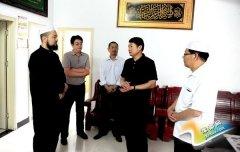 聂晓光一行开斋节看望慰问穆斯林群众