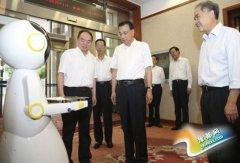 送餐机器人走进中南海 创新的手段来推动创业