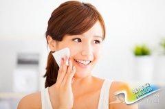 秋季脸部干燥?教你如何正确选用化妆水