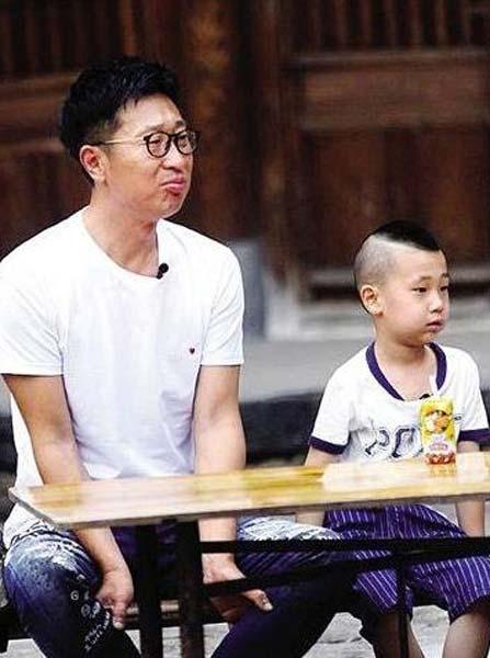 林永健和儿子大竣参加《爸爸去哪儿3》精彩瞬间。