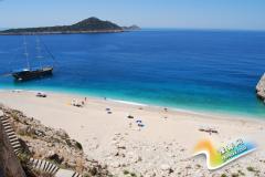 带你走进地中海十大迷人海滩