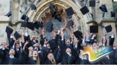英国大学毕业生荣誉学位批量生产 含金量大降