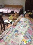 """父亲瘫痪弟弟脑瘫 濮阳7岁女孩要辍学当""""家庭主妇"""""""