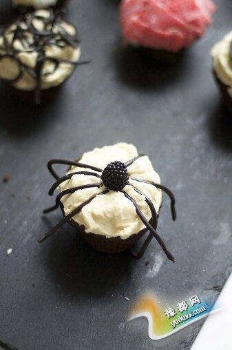 蜘蛛纸杯蛋糕