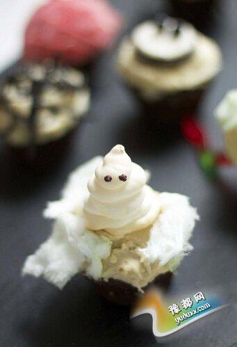 鬼魂纸杯蛋糕