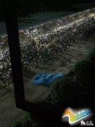 华南理工大学一学生砍伤宿管员后坠楼身亡(图)