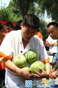 郑州新东方烹饪学校:西瓜也疯狂 西瓜狂欢节震撼来袭