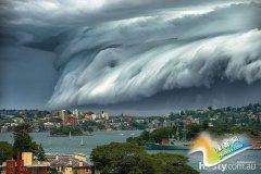 暴风雨横扫悉尼 巨大雷雨云来势汹汹(图)