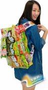 日韩女生流行自制零食背包 五颜六色创意足(图)