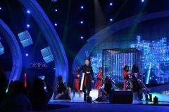 《名嘴K歌秀》刘雯重返冠军宝座,大骨面不断传递正能量