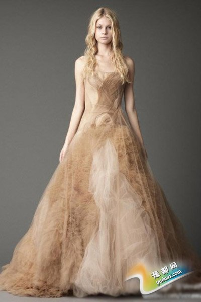 婚纱礼服面料盘点 选择最适合的婚纱材质