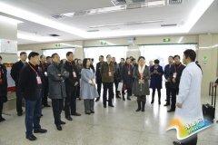 区政协召开八届二十次常委会议
