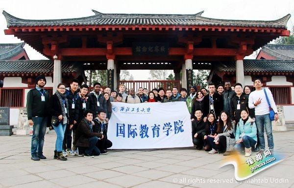 5 留学生参观丝绸之路开拓者张骞纪念馆by Mahtab_conew1.jpg
