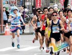 日本大叔变身美少女战士 挑战神户马拉松引热议