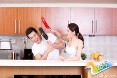 妈妈再也不用担心厨房油腻啦!清洁厨房有妙招