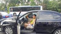 河南12岁男孩开走路边轿车 跑100公里没违章