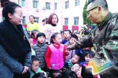 陕县消防大队与陕县实验幼儿园联合举行消防模拟演练活动