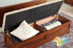 如何为房间搭配一款实用精美的床尾凳