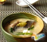 鲶鱼炖豆腐是哪个地方的菜