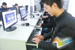 黄河交通学院学子网上公祭南京大屠杀遇难者