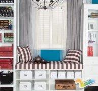 如何巧妙利用飘窗,将其设计成一个阅读区?
