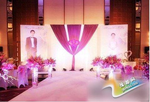 婚礼舞台布置图片推荐 打造一场完美童话婚礼