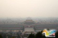 中国大范围雾霾升级 53条高速公路受影响