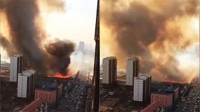 实拍天津运输液化气货车爆炸 居民称爆炸5次