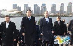 李克强与出席上海合作组织总理会议的各国领导人共同参观城市建设