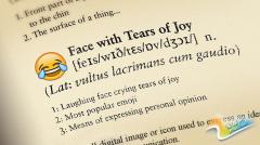 """表情符""""笑哭""""成牛津词典2015年度词"""