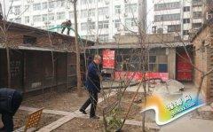 区住建局为民解忧疏通老旧小区排污管网