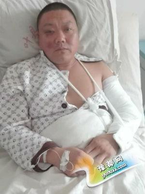 叶县村主任堵企业门讨排污说法 遭蒙面人围攻