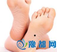 右脚脚底有痣代表着什么
