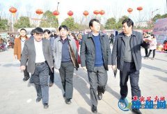 县委副书记、代县长赵峰就上河城元宵节期间安全工作现场办公