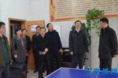 县委副书记、代县长赵峰深入县人社局检查指导工作