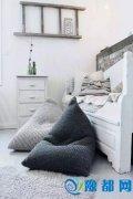 用懒人沙发填满卧室角落空间,不仅萌萌哒!