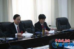 赵峰到东和店代表团审议政府工作报告